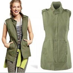 Cabi Explorer Vest in Olive/Army Green